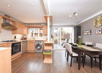 Thumbnail 4 bed property for sale in Claremont Crescent, Newbury