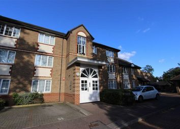 Thumbnail 2 bed flat to rent in Freame House, Winchmore Hill, London