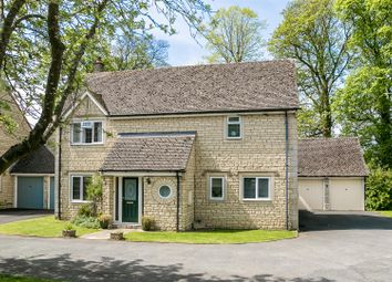 Thumbnail 4 bed detached house for sale in Cooper Close, Chipping Norton