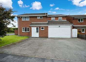 Thumbnail 4 bedroom detached house for sale in Cottesmore Avenue, Oadby, Leicester