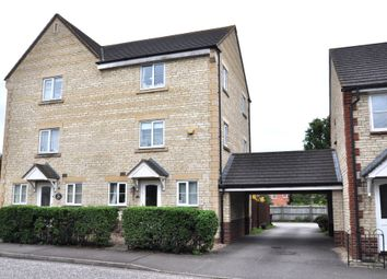 Thumbnail 4 bed town house to rent in Mallards Way, Bicester