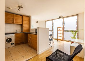 Thumbnail 2 bed flat to rent in Umberston Street, Aldgate