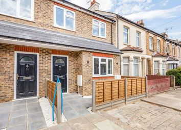Thumbnail 3 bed flat to rent in Bath Road, London