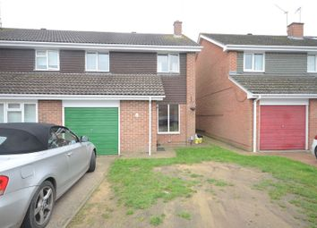 Thumbnail 4 bed detached house to rent in Godstow Close, Woodley, Reading