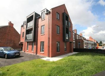 Thumbnail 2 bedroom flat to rent in Pearl Lane, Vicars Cross, Chester