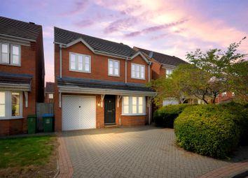 3 bed detached house for sale in Lark Vale, Aylesbury, Buckinghamshire HP19