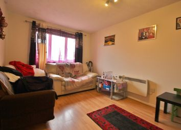 Thumbnail 1 bed flat to rent in High Road, Romford