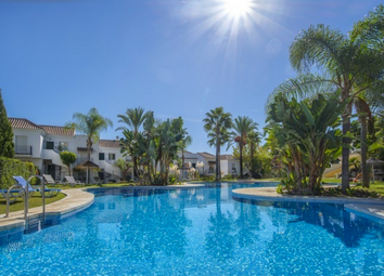 Thumbnail 2 bed apartment for sale in Nueva, Andalucia, Spain