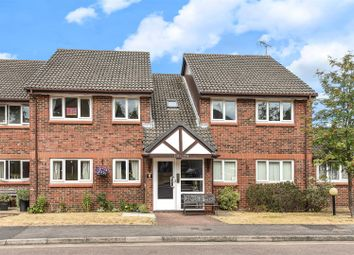 Thumbnail 2 bed flat for sale in Acorn Drive, Wokingham, Berkshire