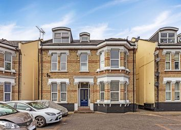 3 bed flat for sale in The Avenue, Berrylands, Surbiton KT5