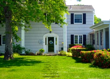 Thumbnail 3 bed country house for sale in 26 St Andrews Cir, Southampton, Ny 11968, Usa