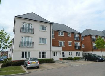 Thumbnail 2 bed flat to rent in Scholars Way, Horsham
