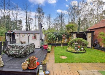 4 bed detached house for sale in Tassell Close, East Malling, West Malling, Kent ME19