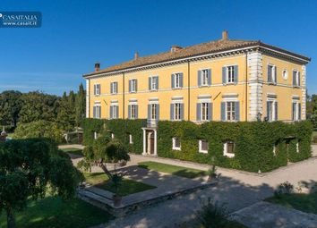 Thumbnail 22 bed villa for sale in Perugia, Umbria, It