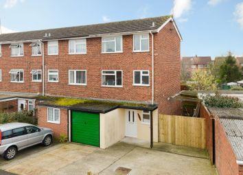 Thumbnail 3 bedroom town house for sale in Swallowfield, Ashford