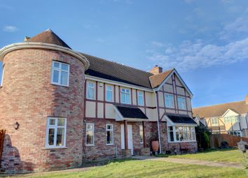 Thumbnail 5 bed detached house for sale in Dunvegan Close, Manea, March
