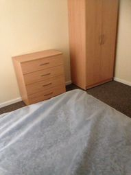 Thumbnail Room to rent in Benthall Place, St Thomas, Swansea