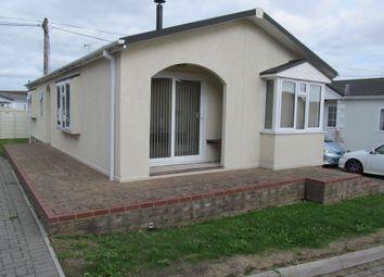 Thumbnail 2 bed mobile/park home for sale in Pilgrims Retreat (Ref 5996), Harrietsham, Maidstone, Kent