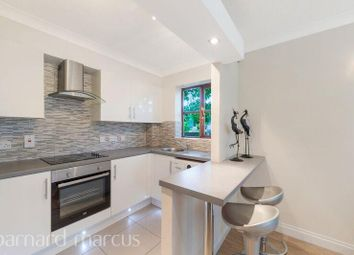 Thumbnail 1 bed flat to rent in Warwick Road, New Malden