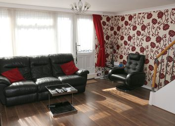 Thumbnail 3 bed flat for sale in Middlesex Court, Addlestone