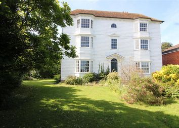 Beacon Oak Road, Tenterden TN30. 4 bed flat