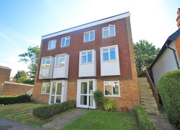 Drummond Road, Guildford, Surrey GU1. 2 bed flat