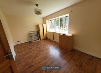 Thumbnail 3 bed flat to rent in Stepney Way, London