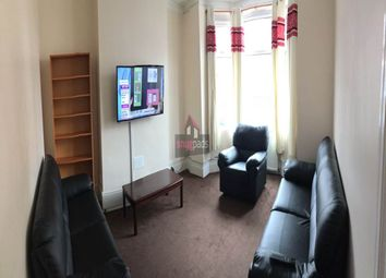5 bed property to rent in Carlton Road, Salford M6