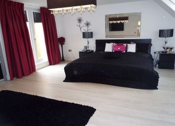 Thumbnail 5 bed property to rent in Saltwick Avenue, Newcastle Upon Tyne