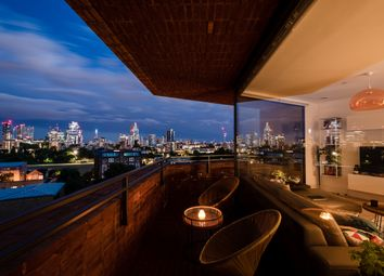 Duo Tower, Hoxton N1. 1 bed flat for sale