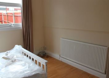 Thumbnail 1 bedroom property to rent in Room 2, Lower Meadow, Harlow