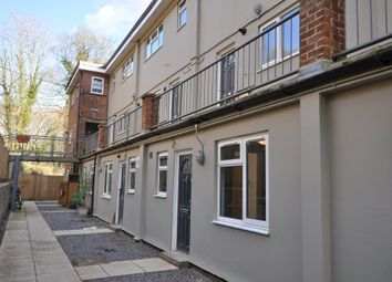 2 bed flat to rent in Queens Court, Brimscombe, Stroud GL5