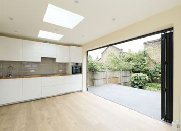 Thumbnail 2 bed flat for sale in Aspley Road, Wandsworth