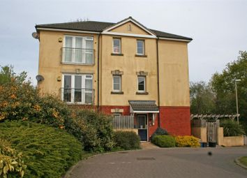 Thumbnail 2 bed flat to rent in The Deanes, Tiverton