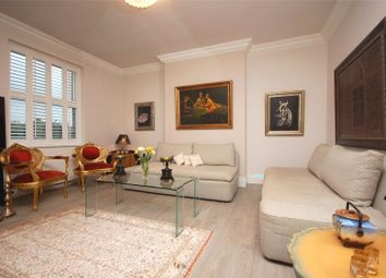 Thumbnail 3 bed flat for sale in Cavendish Avenue, Finchley, London