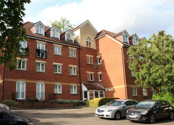 Thumbnail 2 bedroom flat for sale in Nightingale House, Coley Avenue, Reading, Berkshire