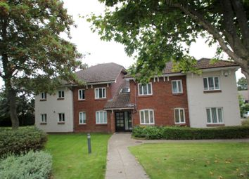 Thumbnail 2 bed flat to rent in Elmer Cottages, Guildford Road, Fetcham, Leatherhead