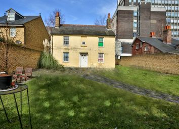 Thumbnail 4 bed detached house for sale in Oaklea Passage, Kingston Upon Thames