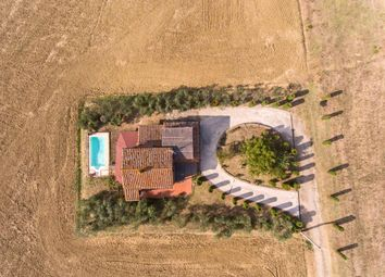 Thumbnail 3 bed farmhouse for sale in Ucr-025 I Girasoli, Castiglione Del Lago, Perugia, Umbria, Italy