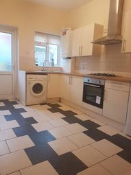 Thumbnail 4 bed flat to rent in Thomas Road, London