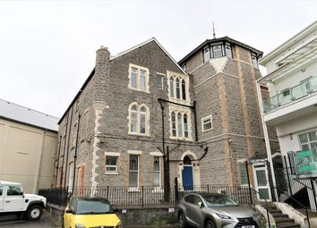 1 bed flat to rent in Washington House, Stanwell Road, Penarth CF64