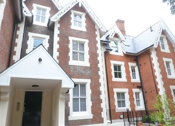 Thumbnail 2 bed flat to rent in Victoria Villas, Calverley Street, Tunbridge Wells
