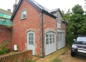 2 bed property to rent in Combe Street, Chard TA20