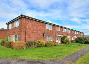 Thumbnail 2 bed maisonette for sale in Wyndham Road, Newbury