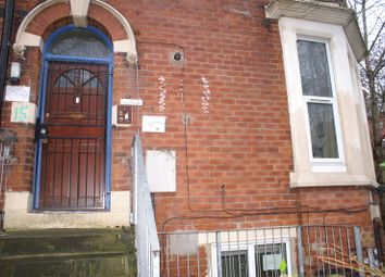 Thumbnail 1 bed flat to rent in Regent Park Avenue, Hyde Park, Leeds