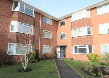 Thumbnail 2 bedroom flat to rent in Anglesea Road, Kingston Upon Thames
