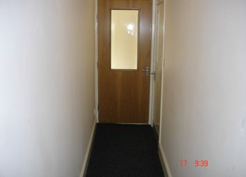 Thumbnail 1 bed flat to rent in Saltaire Road, Bradford/Shipley