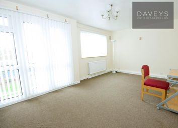 Thumbnail 3 bedroom flat to rent in Redwald Road, London