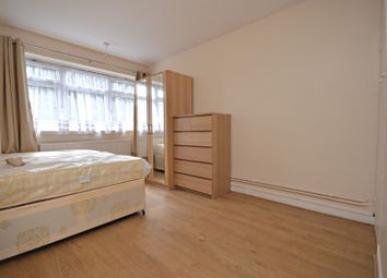 Thumbnail 3 bed flat to rent in Gilbertson House, Mellish Street, South Quay