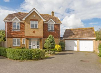 Thumbnail 5 bedroom detached house for sale in Ladyfields Close, Bobbing, Sittingbourne